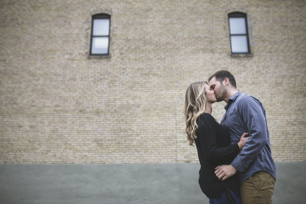north loop minneapolis engagement session-3.jpg