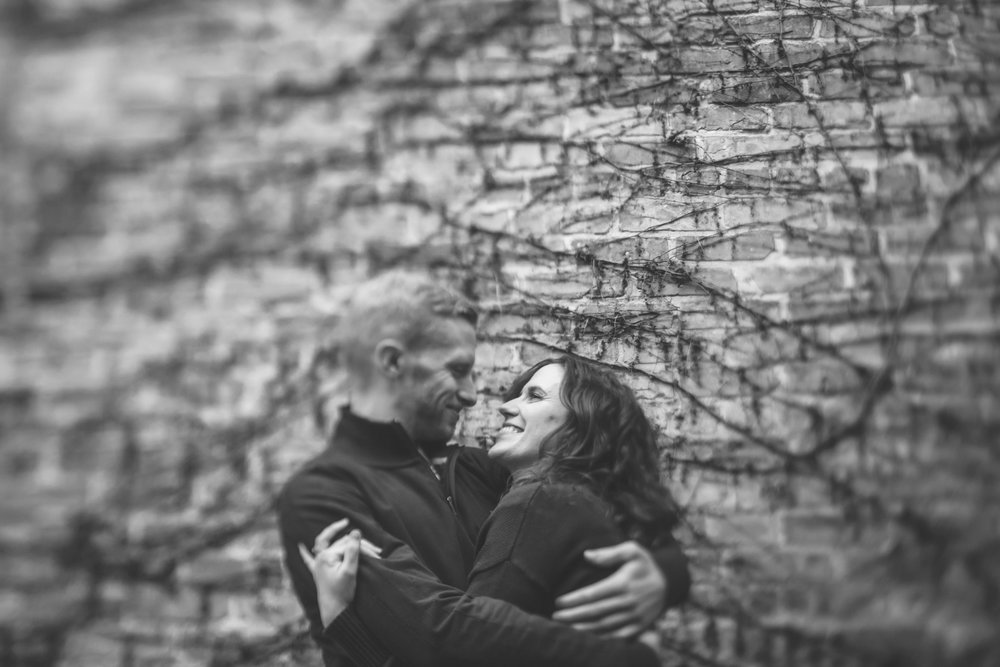 minneapolis home engagement session-10.jpg