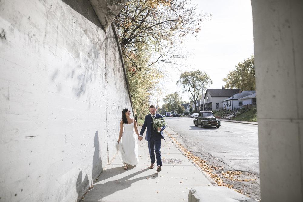 23-northeast minneapolis wedding photographer.jpg