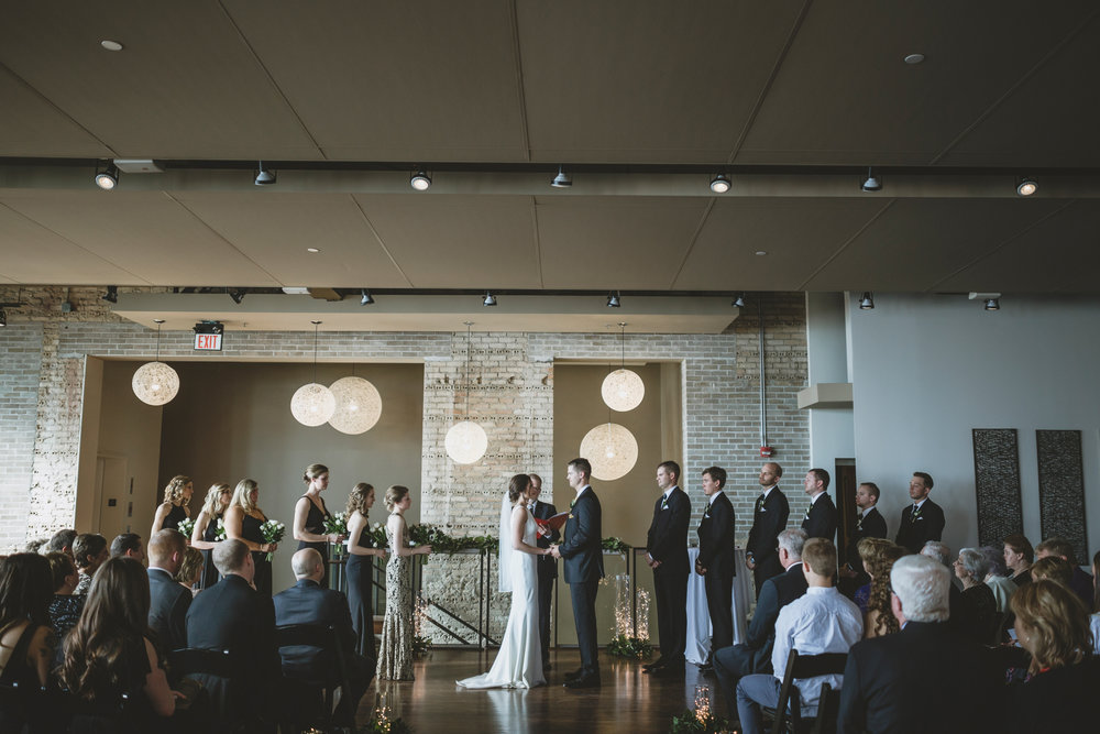 five event center uptown minneapolis wedding-43.jpg
