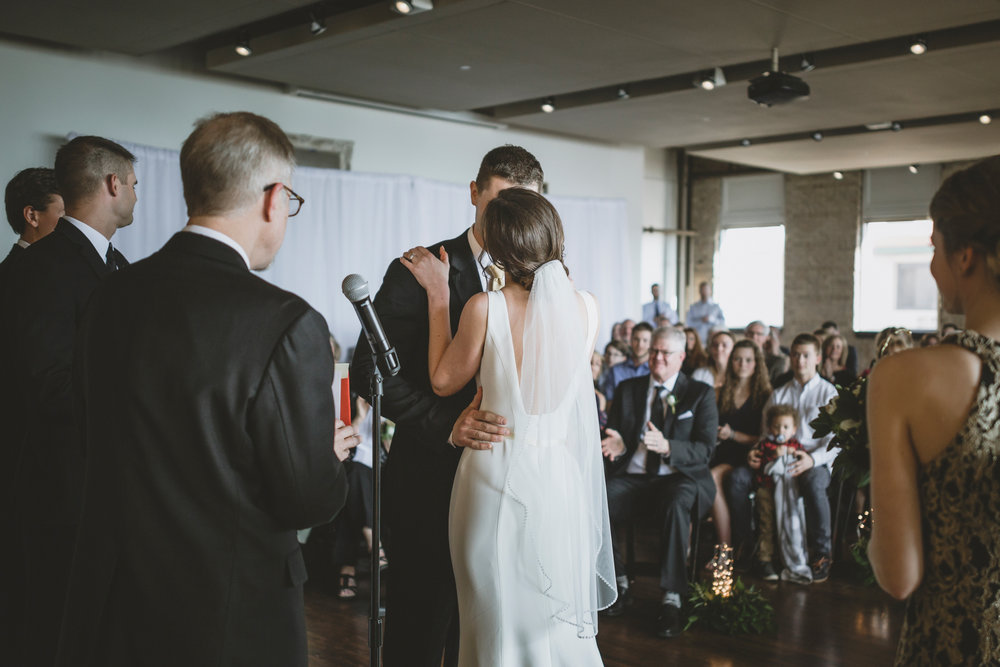 five event center uptown minneapolis wedding-46.jpg