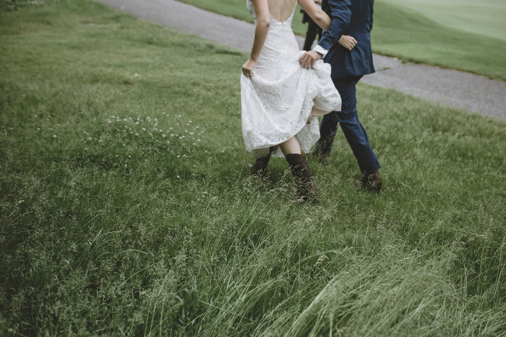 stillwater minnesota outdoor wedding-32.jpg