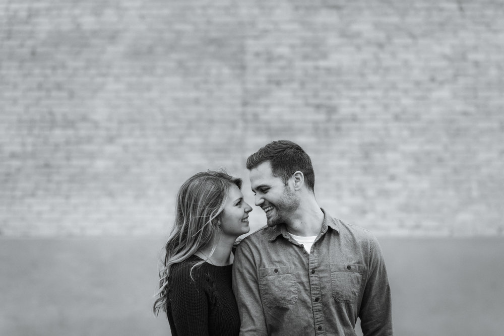 best minneapolis saint paul engagement photographers-44.jpg