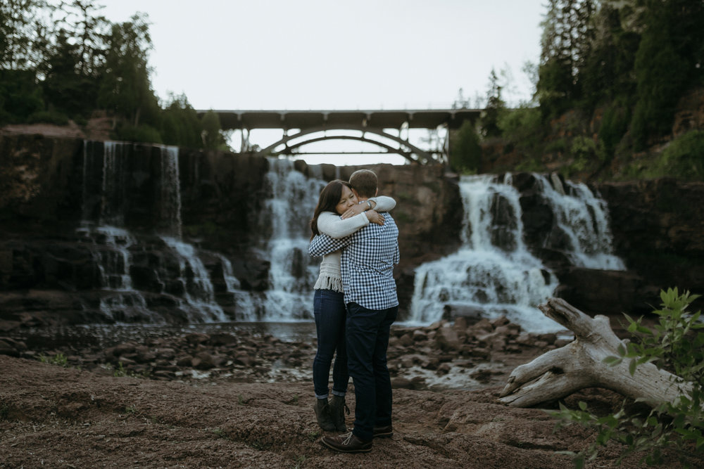 best minneapolis saint paul engagement photographers-39.jpg