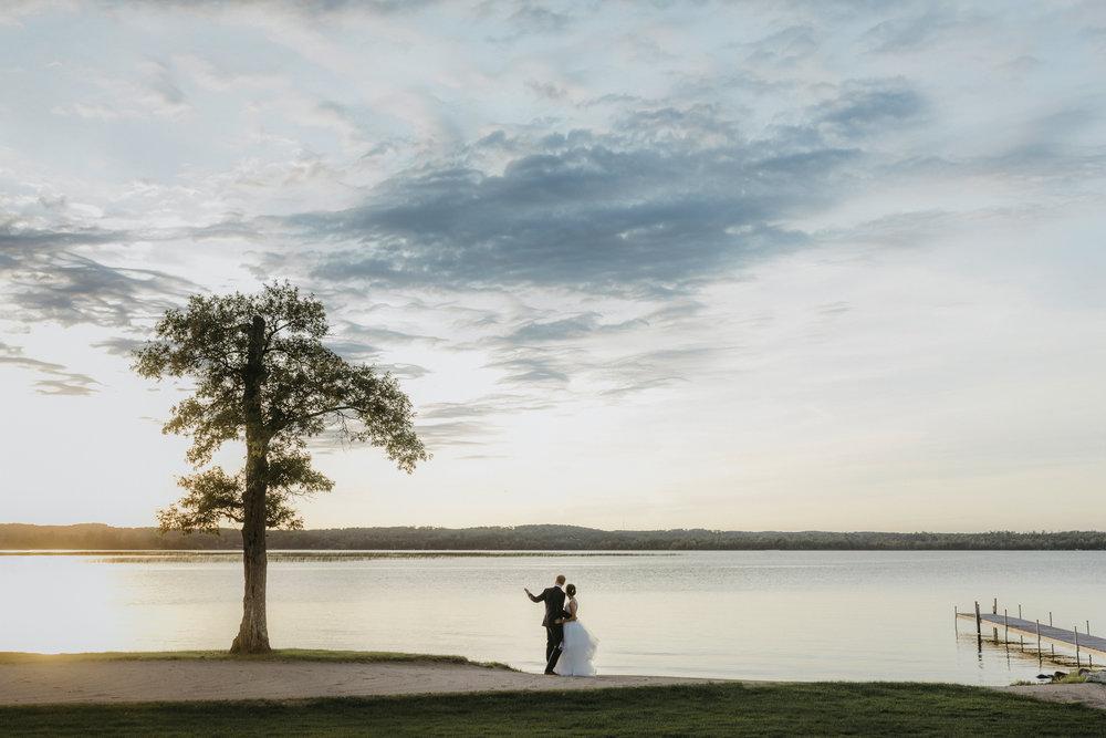 Best Minneapolis Wedding Photographers-20-2.jpg