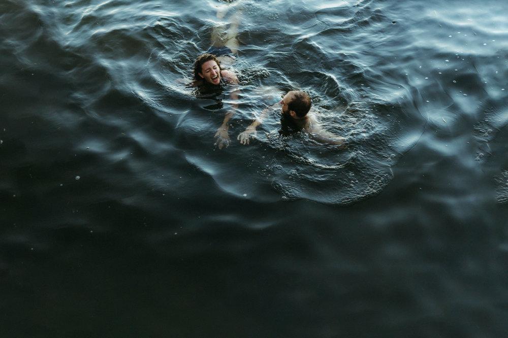 20- best minneapolis swimming lake engagement sesssion photographers.jpg