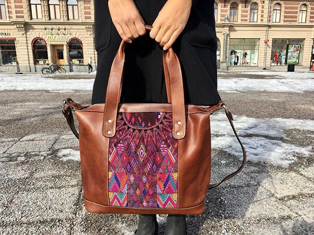 Be one of a kind with our Chicabal bags. Perfect for everyday! Only@chicabal_co #bohobag #boho #bohostyle #bohochic #oneofakind #everydaystyle #color #colorful #handbag #pattern #recycle #reuse #christmasgift