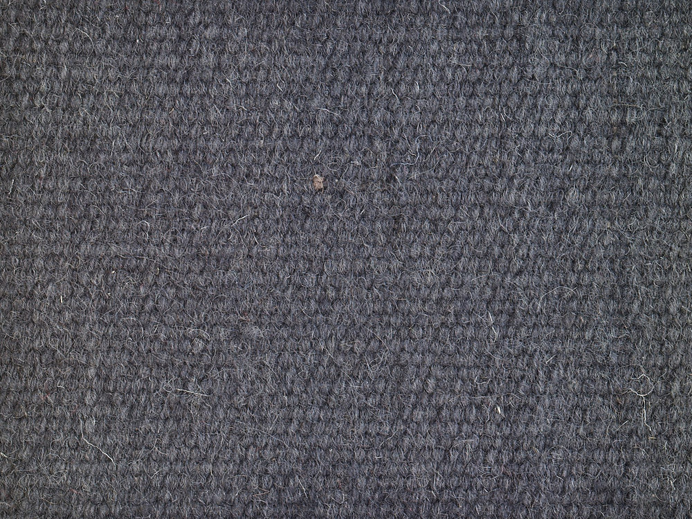 ROOTS plain wool anthracite.jpg