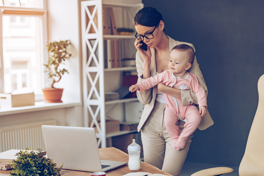 all about moms  The proportion of working moms in the United States continues to grow. 70 percent of women with children under the age of 18 are employed. We will help moms look and feel confident as they juggle work and life. They will benefit from our tips and tricks that will ease their morning routine and ensure they're looking and feeling their best.