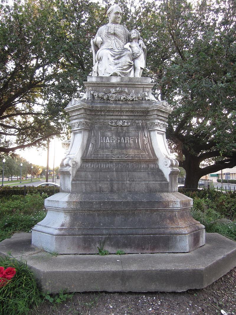 800px-Margaret_Statue_3.JPG