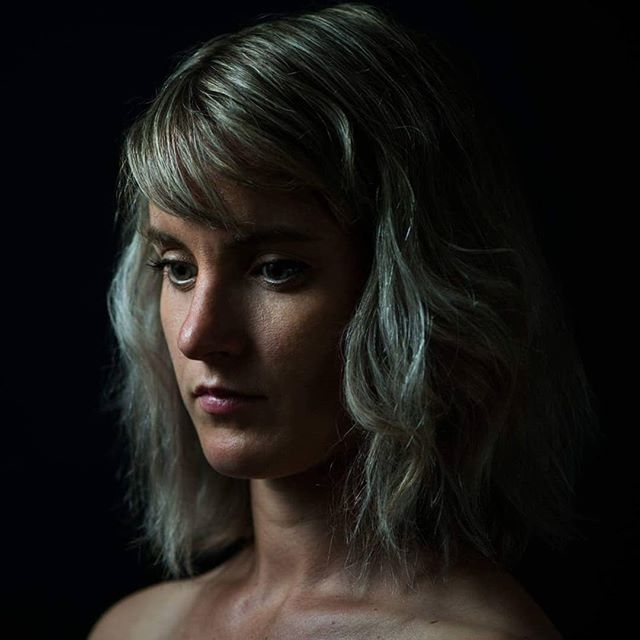 The start of my clavicle's career as an experimental photography model...thanks @jon_chater_photography for the new work head shot & these random arty ones  #whysoserious #claviclesmodelsown #clavicleisthecollarbone #headshots #fuckinghateposingforphotos #photography #portraits
