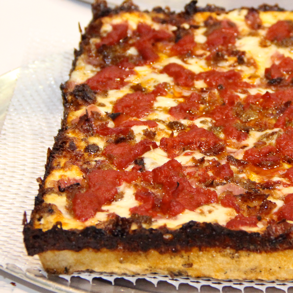 detroit-style-pizza-product5.png