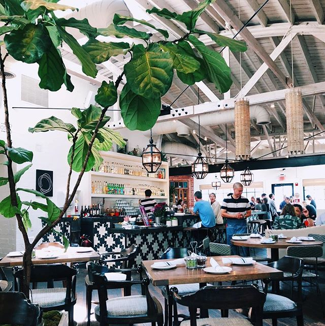 West Hollywood brunch aesthetic on point 🙌 #graciasmadre #weho #westhollywood #brunch #vegan