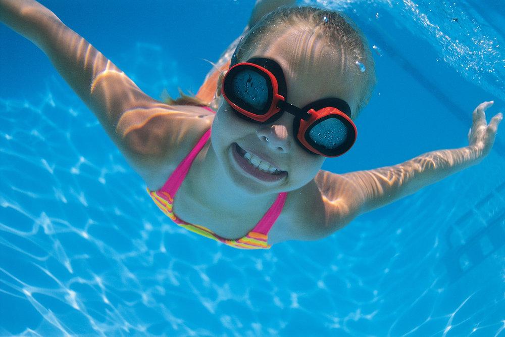 Clases de natación para niños