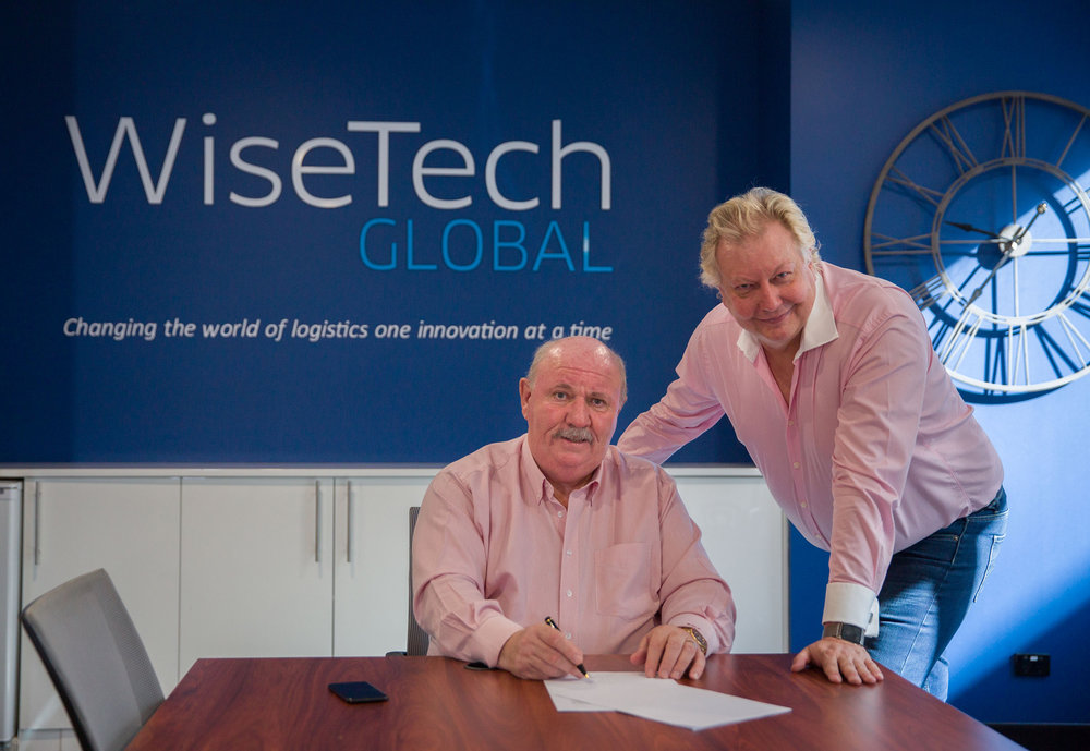C.T. Freight CEO Clive W. Thomas (left) and WiseTech Global CEO Richard White (right).