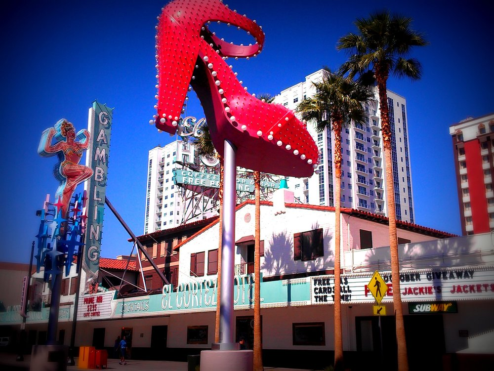 Downtown LV - If you're looking for a more historic stroll stop by Downtown Las Vegas. Night time is the best time of day to get the total experience. It's full of older hotels and casinos giving it that old Las Vegas vibe. Outside of Container Park, a Downtown shopping area, you'll see a huge fire breathing praying mantis at the entrance that provides a free animatronic show complete with music and light show.
