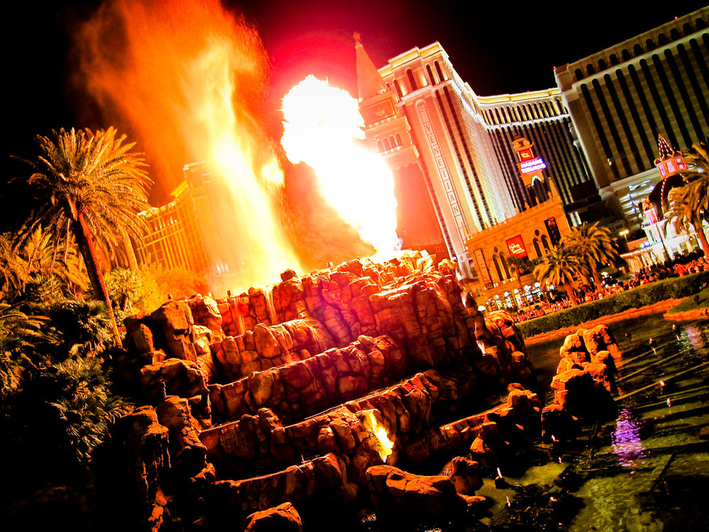 Mirage Volcano - The Mirage Hotel and Casino located on the Las Vegas Strip provides an amazing free show to passers by. Every evening at 7pm and 8pm the Volcano show will erupt with live music and lava. The show also runs at 9pm on Friday and Saturday nights. While you're at the Mirage, take a walk through their atrium at the front entrance for spectacular water features and make you're way to the front desk. You'll find a 53 foot long aquarium with over 1000 specimens built into the reception area wall. One of the coolest architectural adornments on the strip!