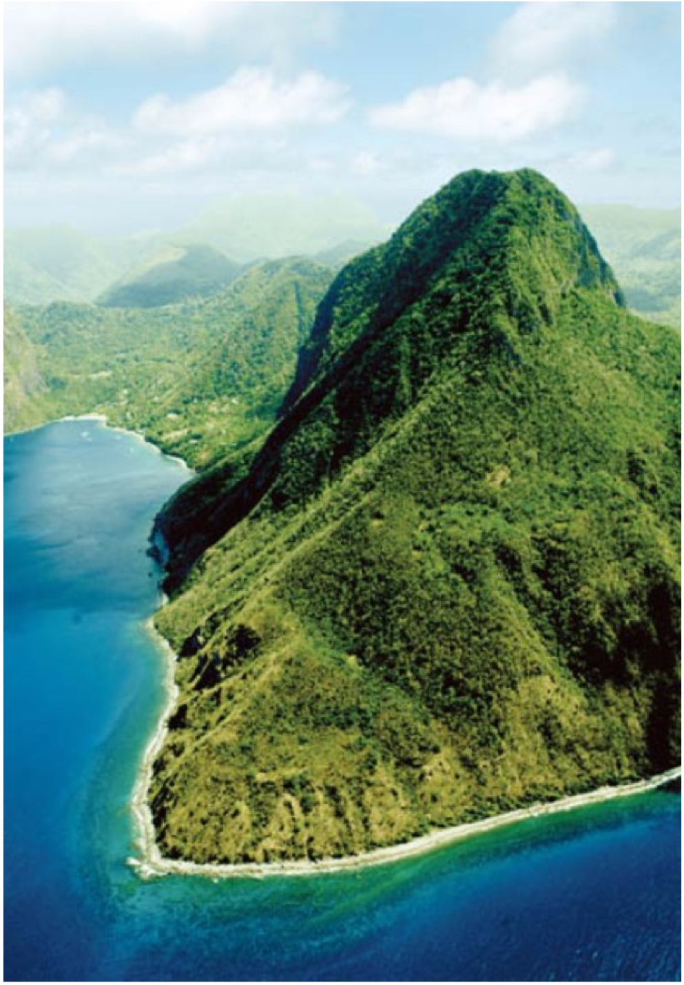 PITON MOUNTAINS   On the South West coast of the island, in the town of la Soufriere, lies the island's majestic UNESCO World Heritage Site. Providing great spots for snorkelers and divers, whilst walkers will be delighted by the Gros Piton Trail, a 4 to 5 hours trek to the top of the mountain and offering breathtaking views of the island.