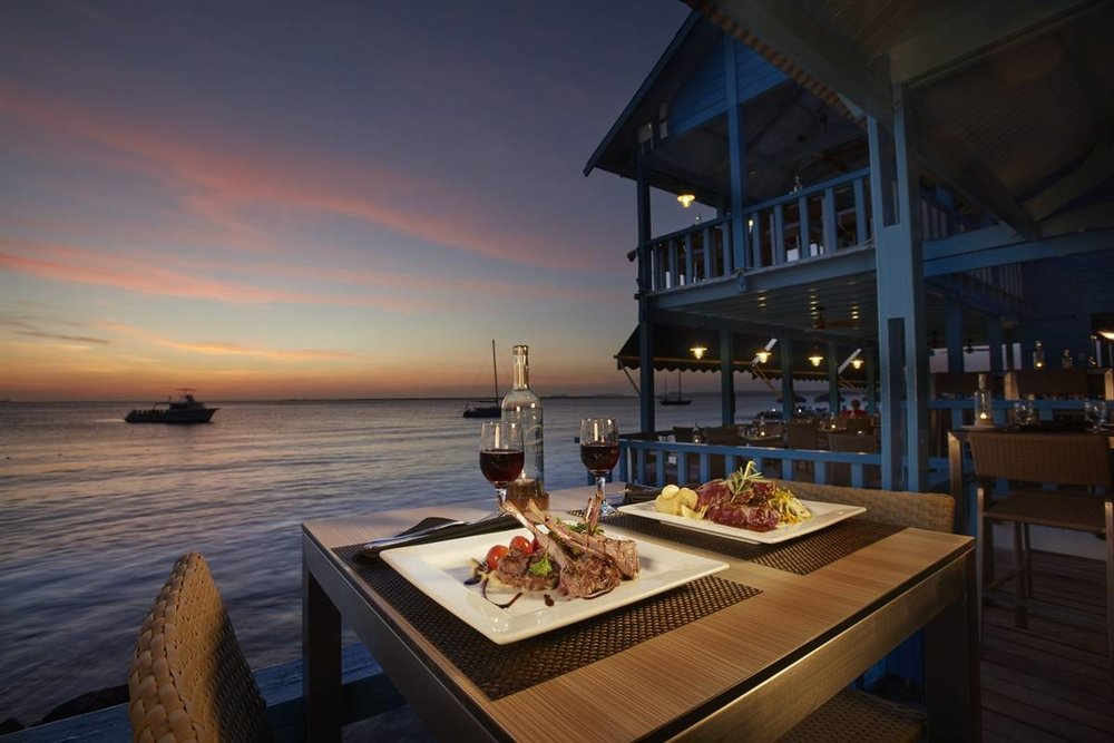 Sunset-Dining-Bonaire.jpg
