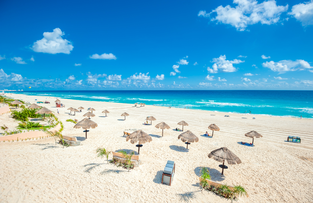 Cancun-beach-with-sun-loungers.jpg