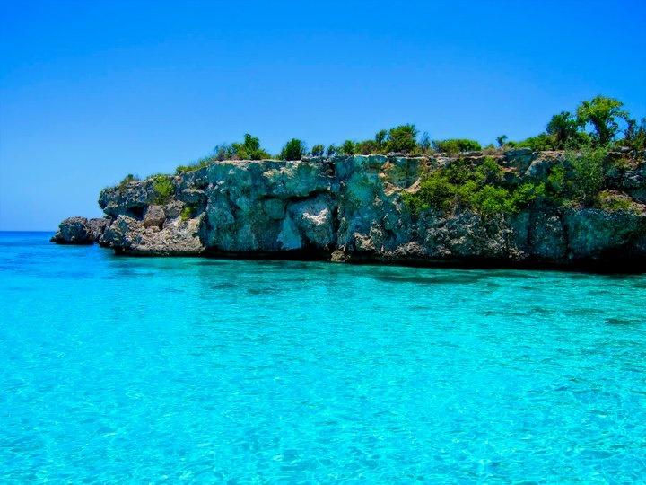 Haiti-Jacmel-beach.jpg