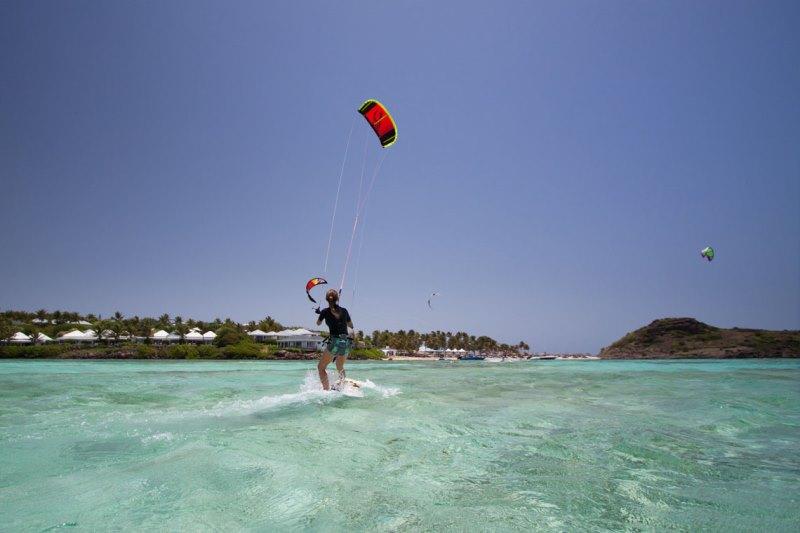 Kitesurfing-st-barts.jpg