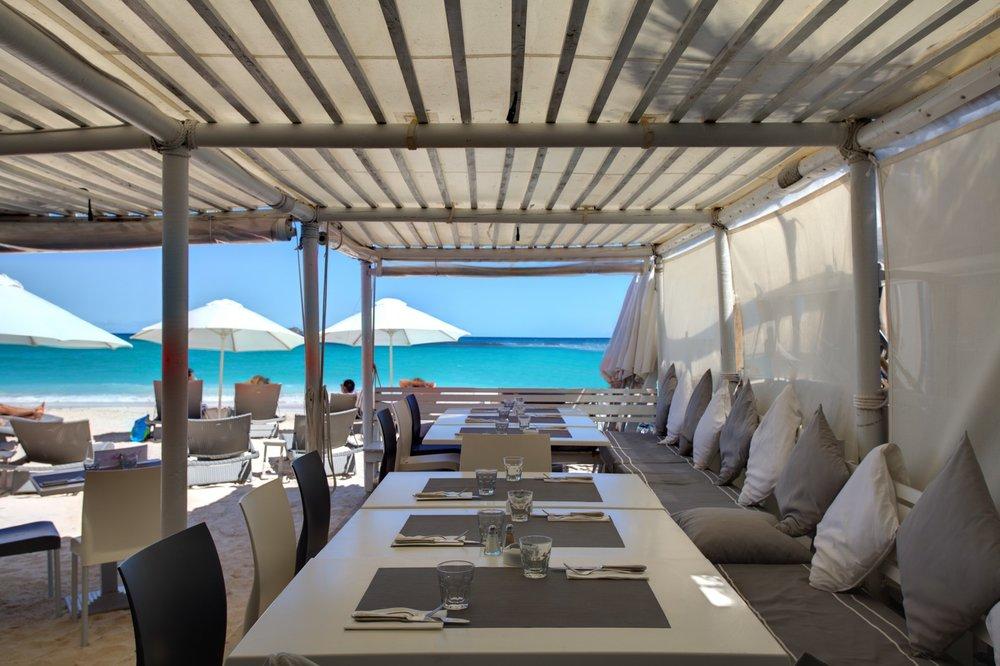 la-plage-restaurant-st-bart.jpg