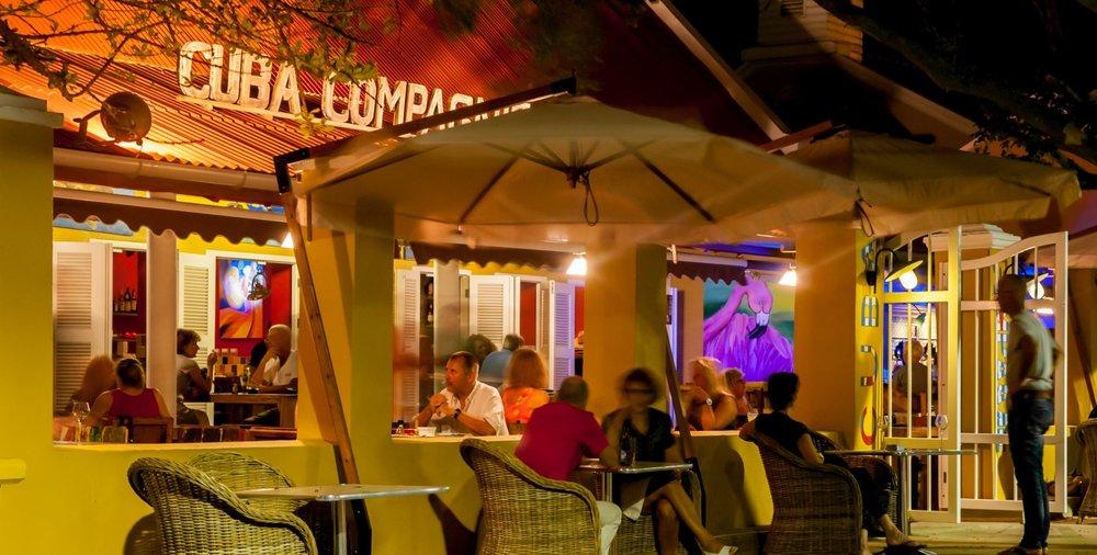 Drinks-in-Bonaire.jpg