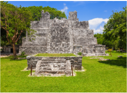 EL MECO   Once a key point in the local commercial route, this site is found 5km away from Cancun and features a pyramid, El Castillo.
