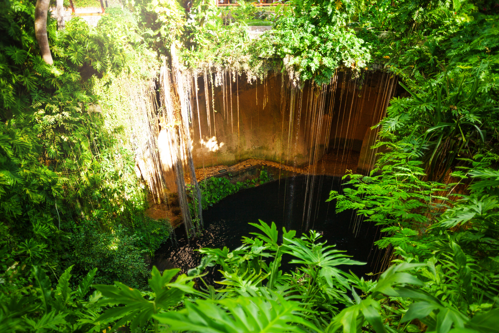 Cancun-above-Iki-Kil-Cenote.jpg