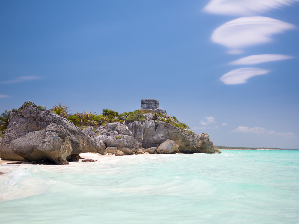 Cancun-view-of-Tulum-s-Castillo.jpg