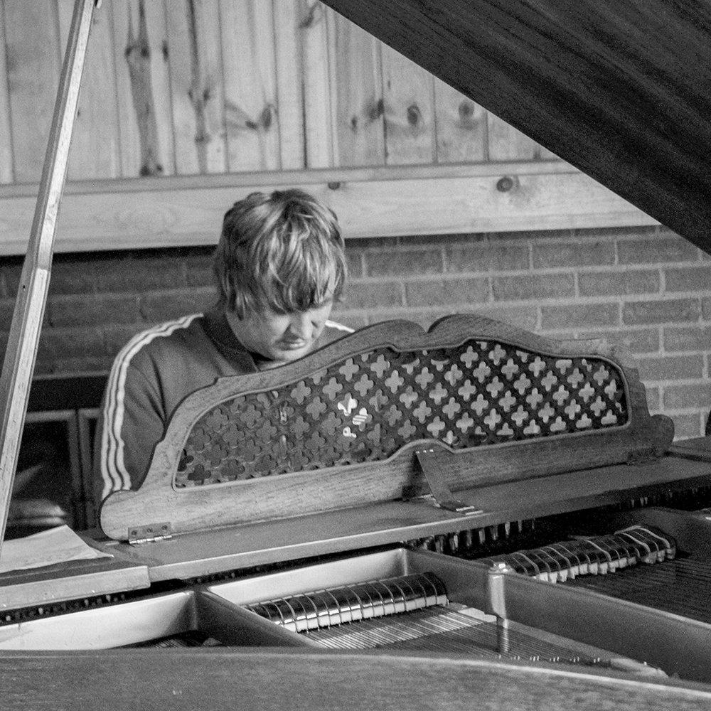 PIANO MAN BY BILLY JOEL.jpg