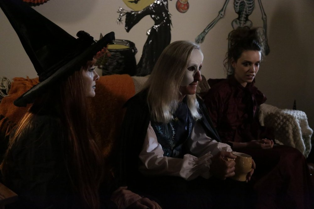 Left to right: Barbara Crampton, Mick Garris and Alex Essoe in  Tales of Halloween