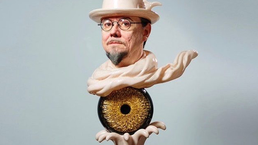 Kazuhiro Tsuji's hypperreal sculpture of artist Mark Ryden