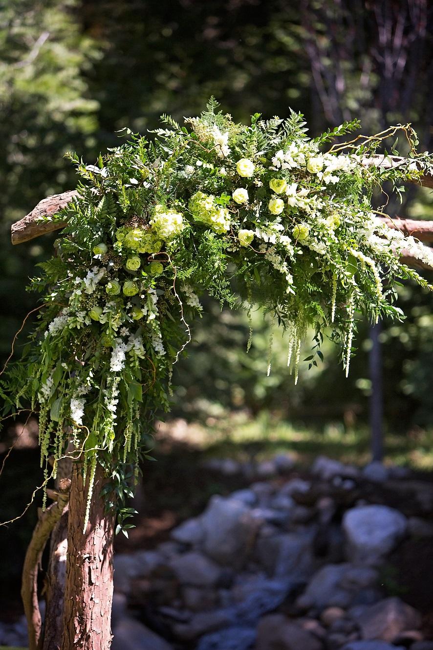 Arch Flowers (1).jpg