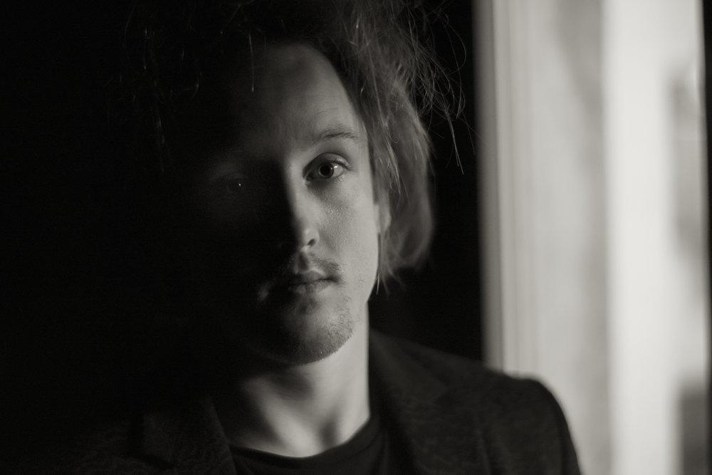 Oliver Poole - concert pianist