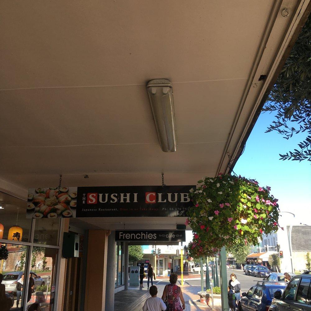 sushi club.jpg