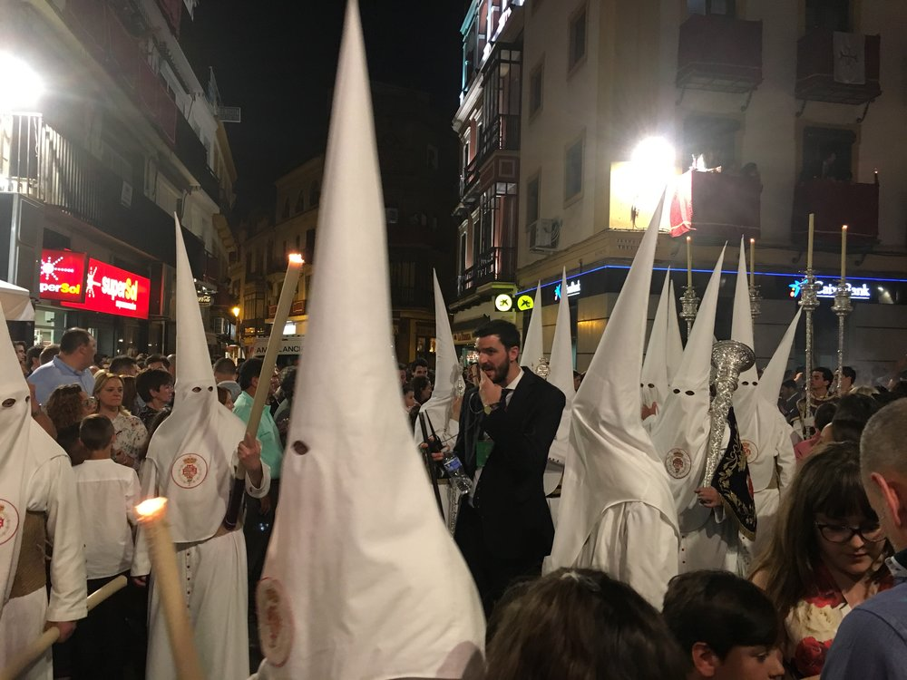 Capirotes by Plaza Afalfa