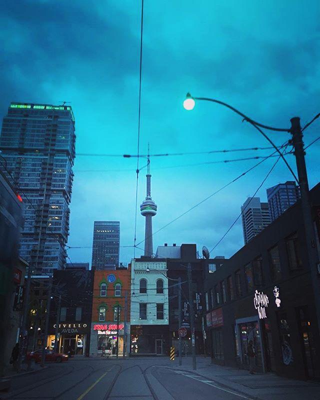 Last evening in the six! . 📸 @andreiadiarmati | #AllDreamsGood .  #McCaulStreet #Toronto #downtown #nightlights #takeadvantage  #siriusxm #sirius #hiphop #art #music #rnb #pop