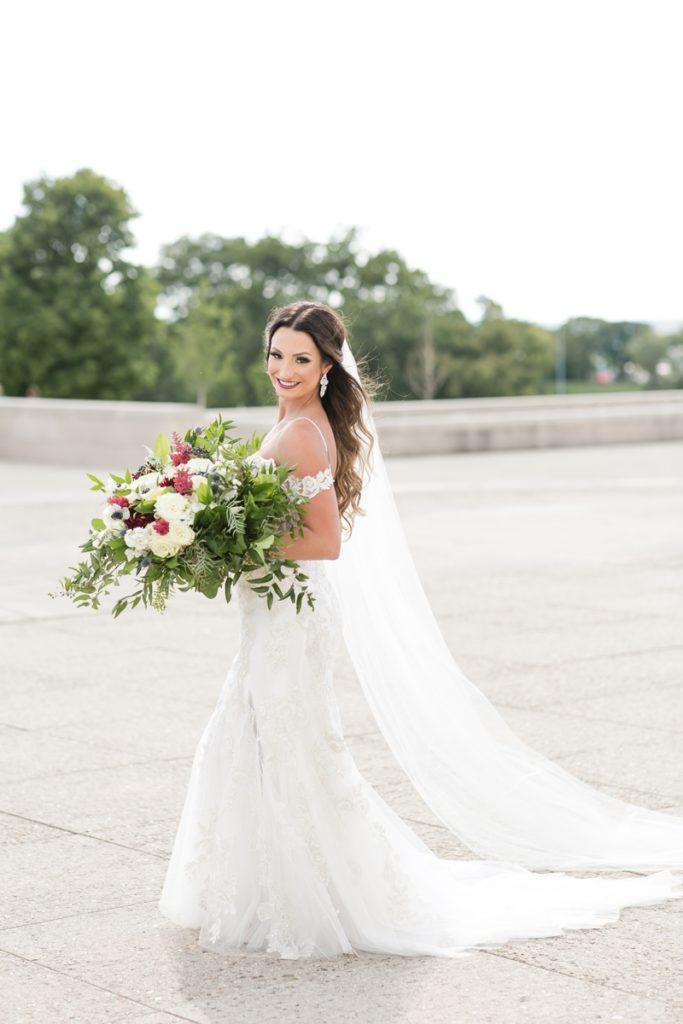 2018Sept-TheGuild-KC-Wedding-JanaMarie-0056-683x1024.jpg