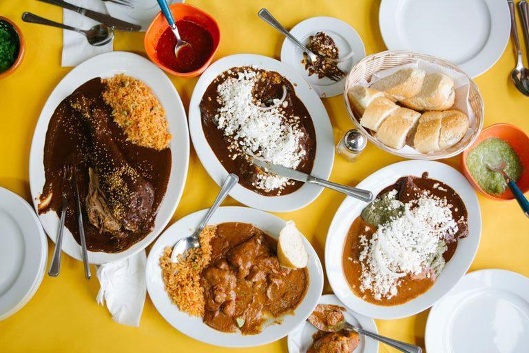 mole-arróz-gastronomía-mexico-cdmx