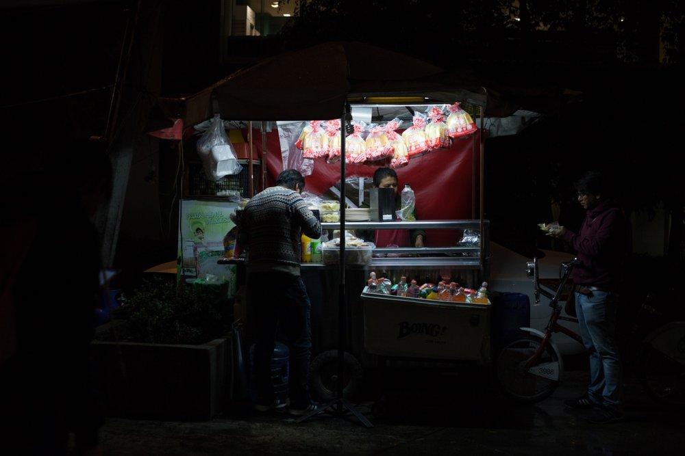 09132017_nota-alexa farias comer de noche 01.jpg