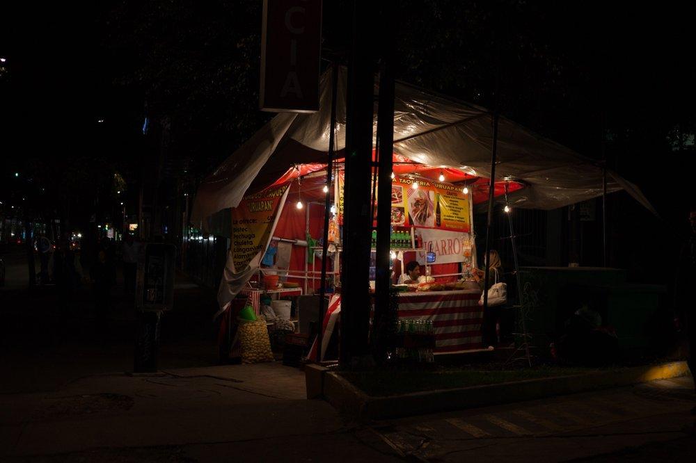 09132017_nota-alexa farias comer de noche 04.jpg