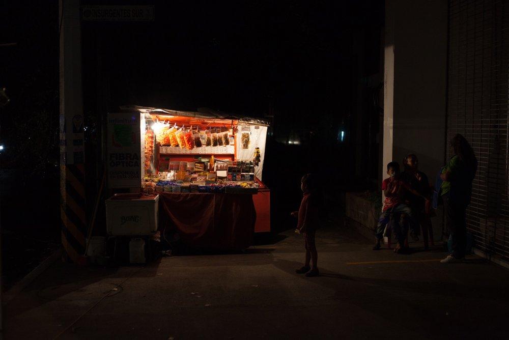 09132017_nota-alexa farias comer de noche 05.jpg