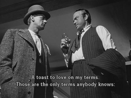 Charles Foster Kane brinda como los grandes.