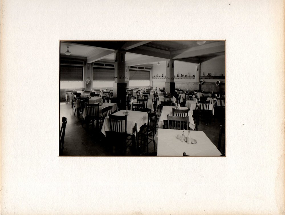 hojasanta_dossier 05-castaneda_restaurante de domingo 01.jpg