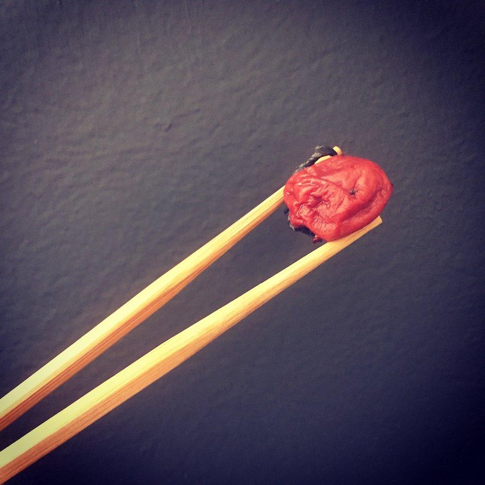 02142018_receta-ensalada jitomate y umeboshi.JPG