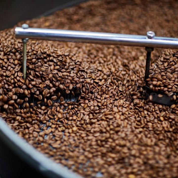 axil coffee1.jpg