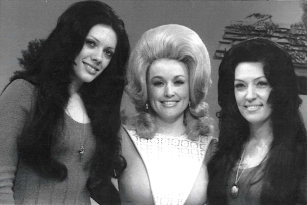 Reba, Dolly Parton and Dottie 1972