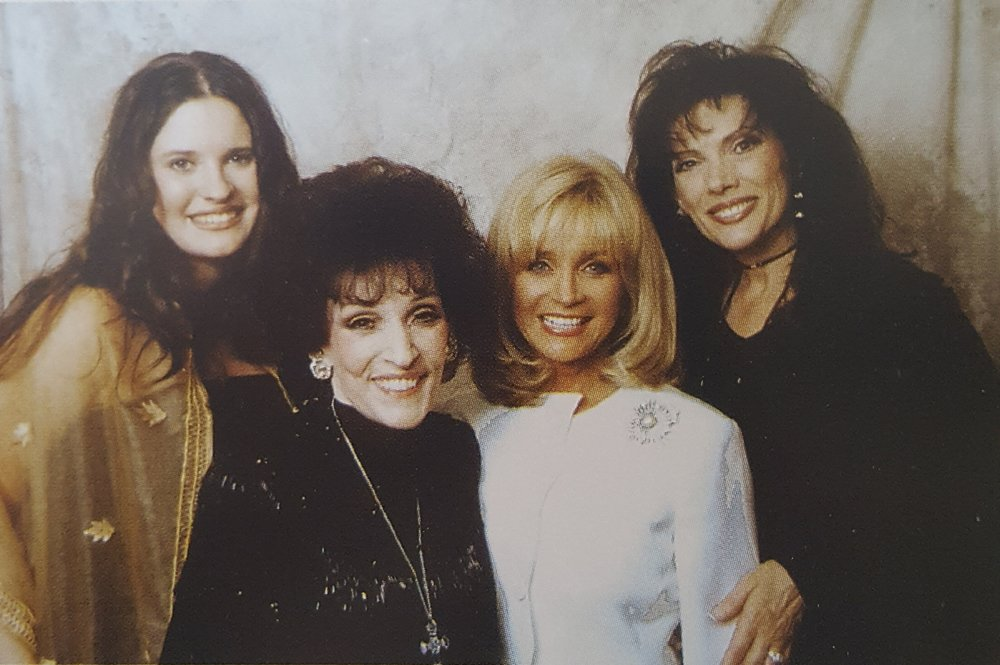Dottie with Destiny, Barbara Mandrell & Reba 2002